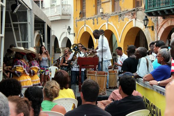 cartagena square band