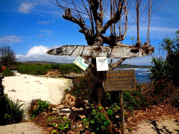 Dream Beach Sign