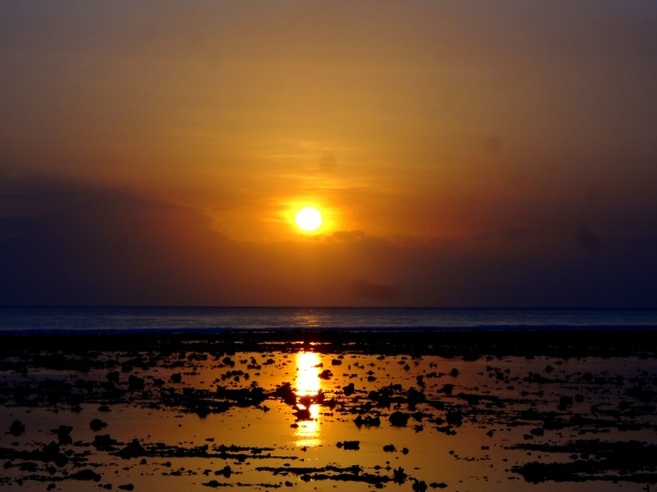 sunset 2 gili