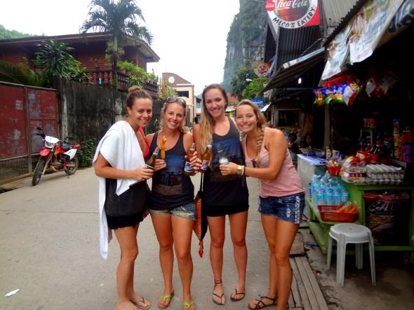 girls beer and bananas