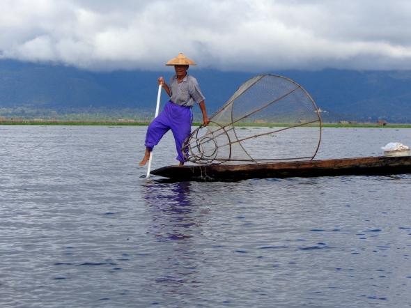 myanmar fishermen pic